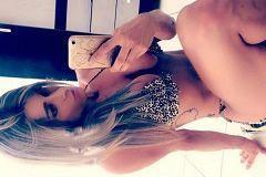 Loira deliciosa de Pernambuco tirou nudes pelada