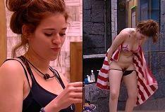 Ana Clara do BBB 18 vacilou e acabou mostrando a Buceta no banheiro
